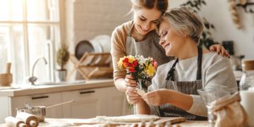 Bila Ingin Disayang Mertua, Maka Lakukan Hal Ini 17