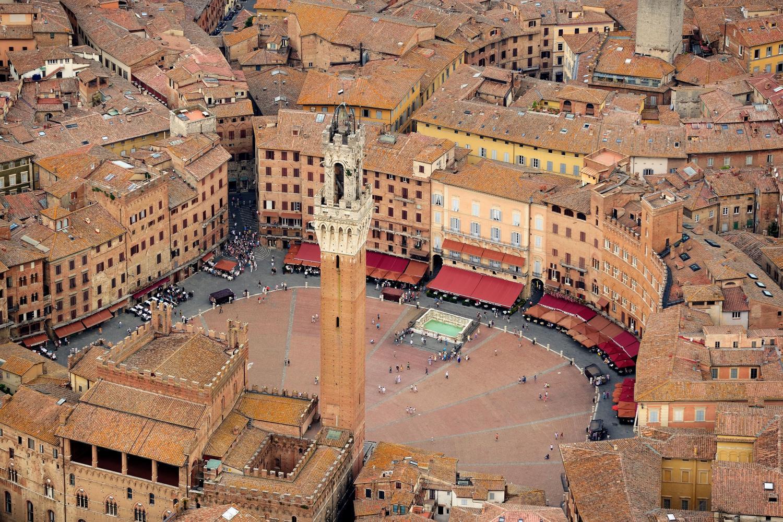 Istana Gotic, Siena
