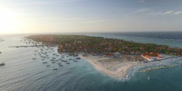 Nasib Masa Depan Nelayan Pulau Mandangin Sampang 13