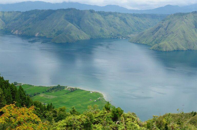 Danau Terhebat di Nusantara 1
