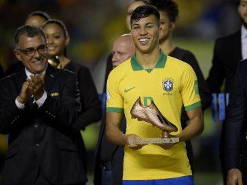 Kaio Jorge, Titisan Ronaldo dari Santos Brasil 3