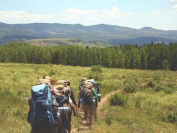 4 Cara Irit Mendaki Gunung 5