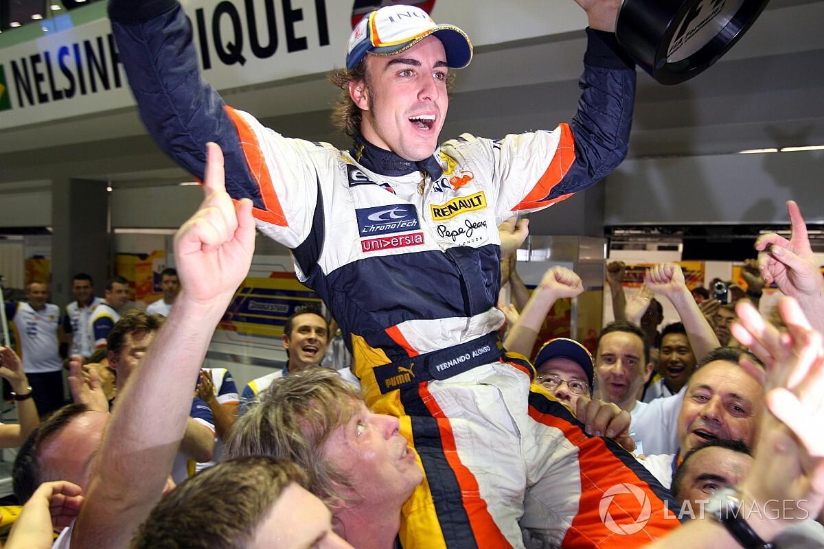 Fernando Alonso menang di Singapura. Sumber:motorsport