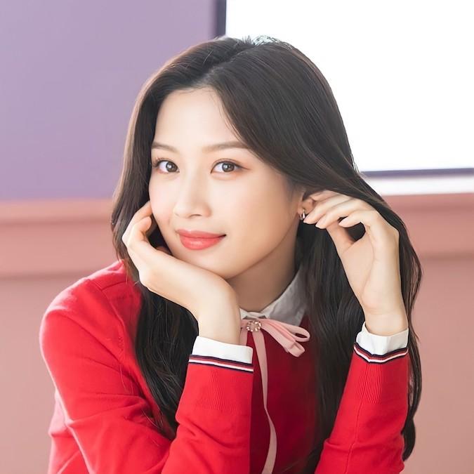 Im Ju Kyung full make up