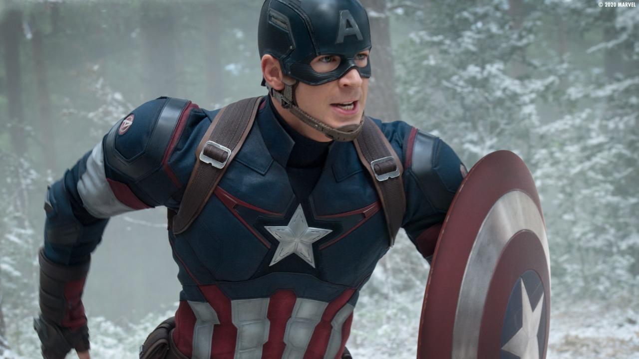 Captain America yang diperankan oleh Chris Evans