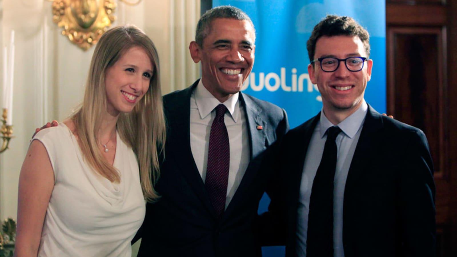 Luis van Ahn saat bertemu dengan mantan Presiden Amerika Serikat (AS) Barack Obama. (dok. cnbc)