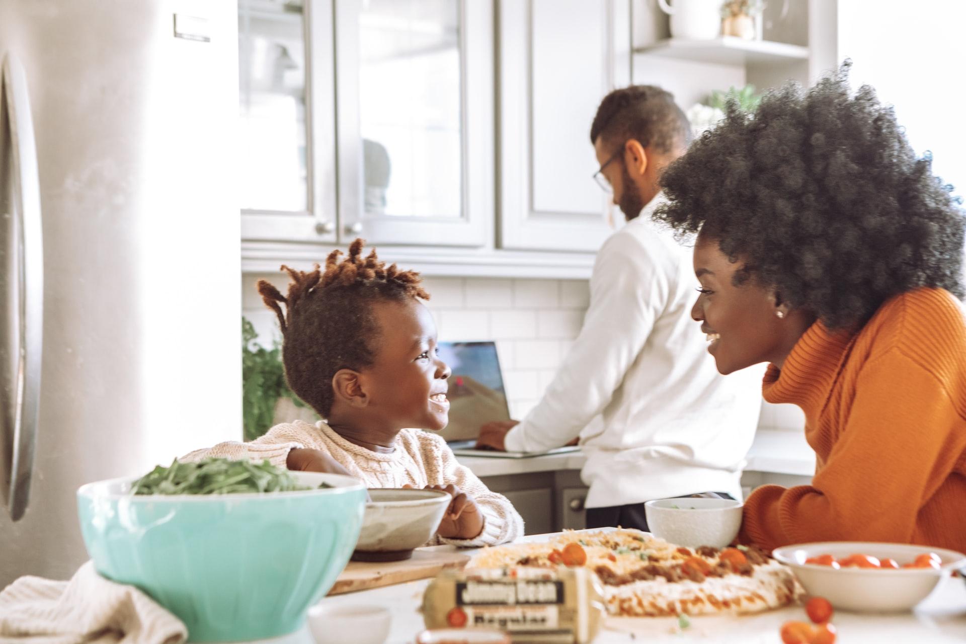5 Cara untuk Membantu Anak Anda Menerima Berat dan Tipe Tubuh Mereka! 7