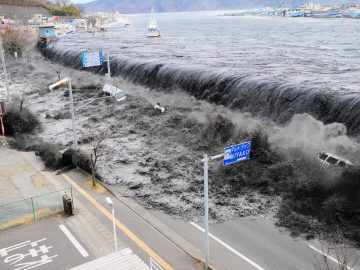 Bagaimana Terjadinya Tsunami, dan Mengapa Tsunami Sudah Biasa di Jepang? 14