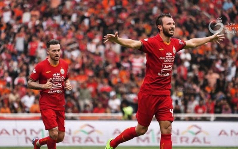 Marco Motta berseragam Persija Jakarta
