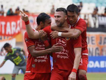 Jersey Klub Persija Jakarta dari Waktu ke Waktu 10