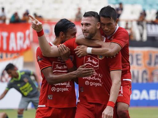 Jersey Klub Persija Jakarta dari Waktu ke Waktu 1