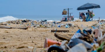 Mau berpartisipasi menjaga bumi?Yuk kirimkan sampah rumah tangga kamu kesini 14