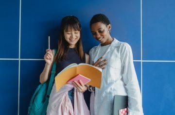 Contoh Penggunaan Kata Kerja + Direction Orientation Versi Bahasa Mandarin 15