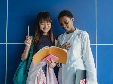 Contoh Penggunaan Kata Kerja + Direction Orientation Versi Bahasa Mandarin 11