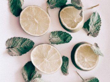 Cara menghilangkan komedo, jerawat dan beruntusan dengan lemon 8