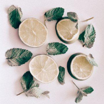 Cara menghilangkan komedo, jerawat dan beruntusan dengan lemon 1