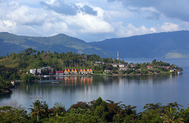 Danau Terhebat di Nusantara 5