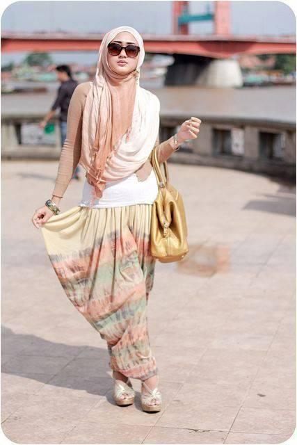 Makin Kekinian dengan 9 Outfit ala Hijabers 4