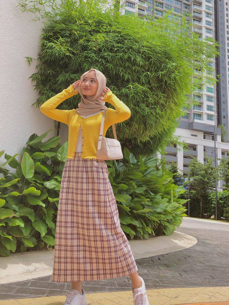 Makin Kekinian dengan 9 Outfit ala Hijabers 6