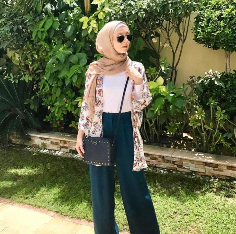 Makin Kekinian dengan 9 Outfit ala Hijabers 1