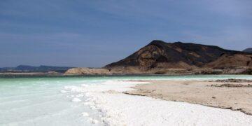 5 Danau Garam Selain Laut Mati yang Patut Dikunjungi 19