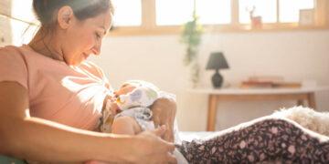 Apakah Ibu Mengalami Kesulitan Dalam Menyusui? Lakukan Tips Ini Supaya Menyusuinya Lancar 17