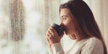 Lima Minuman yang Cocok Dinikmati Saat Hujan, Bikin Yuk! 21