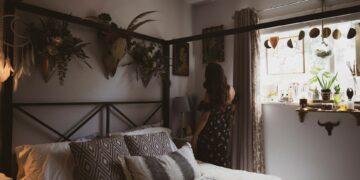 Mau Dekor Ulang Kamarmu? Cek 6 Ide Kombinasi Warna Untuk Kamar Tidur Estetik 21