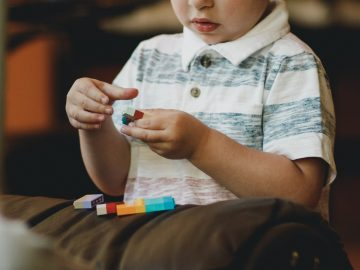 Mengenal Apa Itu Sindrom Autis 9