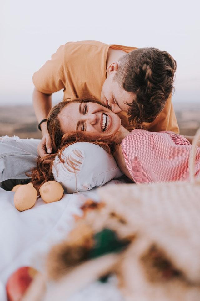 romantis dan humoris jadi nilai plus