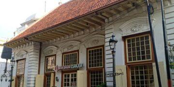 Pesona Unik Kota Lama Semarang, Peninggalan Belanda yang Penuh Sejarah 11