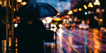 Biarkan Aku Menjadi Hujanmu 7