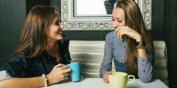 Alasan Mengapa Lebih Suka Curhat Pada Sahabat ketimbang Pasangan 23