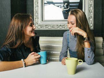 Alasan Mengapa Lebih Suka Curhat Pada Sahabat ketimbang Pasangan 13