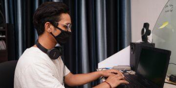 Internet Menjadi Nafas Penting Di Saat Pandemi 10