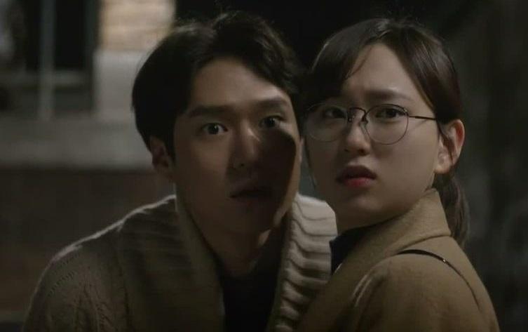 "5 Kejadian Lucu di Drama Korea ""Reply 1988"" 6"