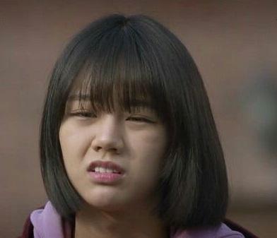 "5 Kejadian Lucu di Drama Korea ""Reply 1988"" 7"