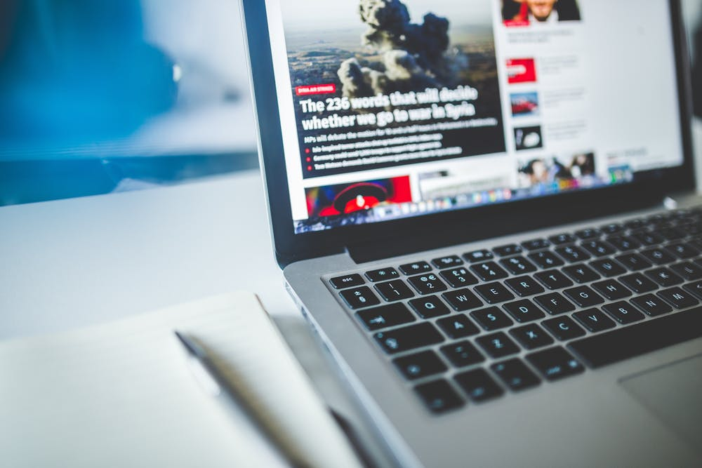 a news site in a laptop