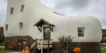 Inilah 7 Rumah dengan Desain Aneh di Dunia 5