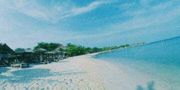 Menyusuri Sejarah Deretan Pantai Cantik di Jepara 17