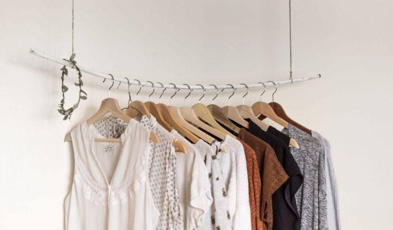 5 Alasan Kamu Harus Membeli Baju Preloved