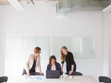 Perempuan Modern Harus Melek Finansial 7