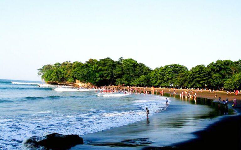 Pantai Batukaras, Alternatif Bali ? 1