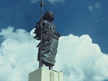 Gadis Pejuang dari Laut Banda 3