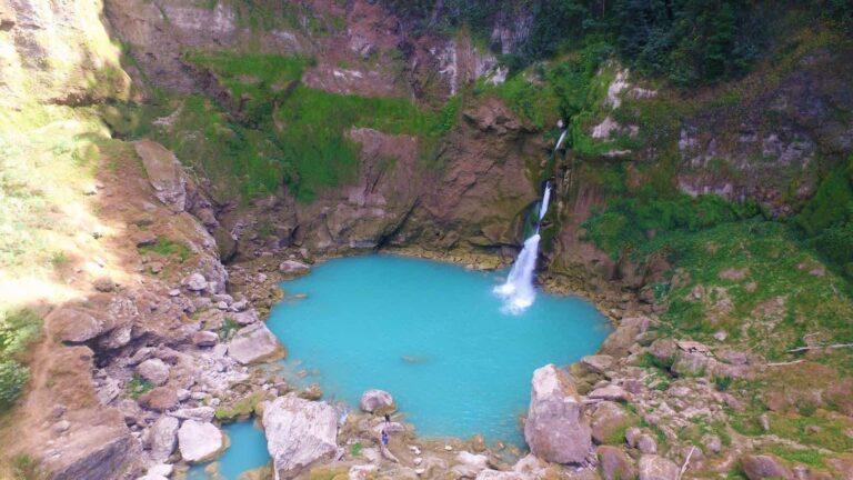 Menjelajah Hutan Matalawa Hingga Air Terjun Matayangu 1