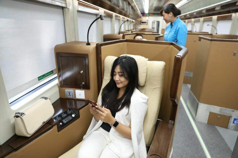 Pengalaman Bersama Kereta Api Luxury! 1