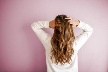 5 Tips Mengatasi Rambut Rontok. Salah Satunya Dari Resep turun-temurun 7