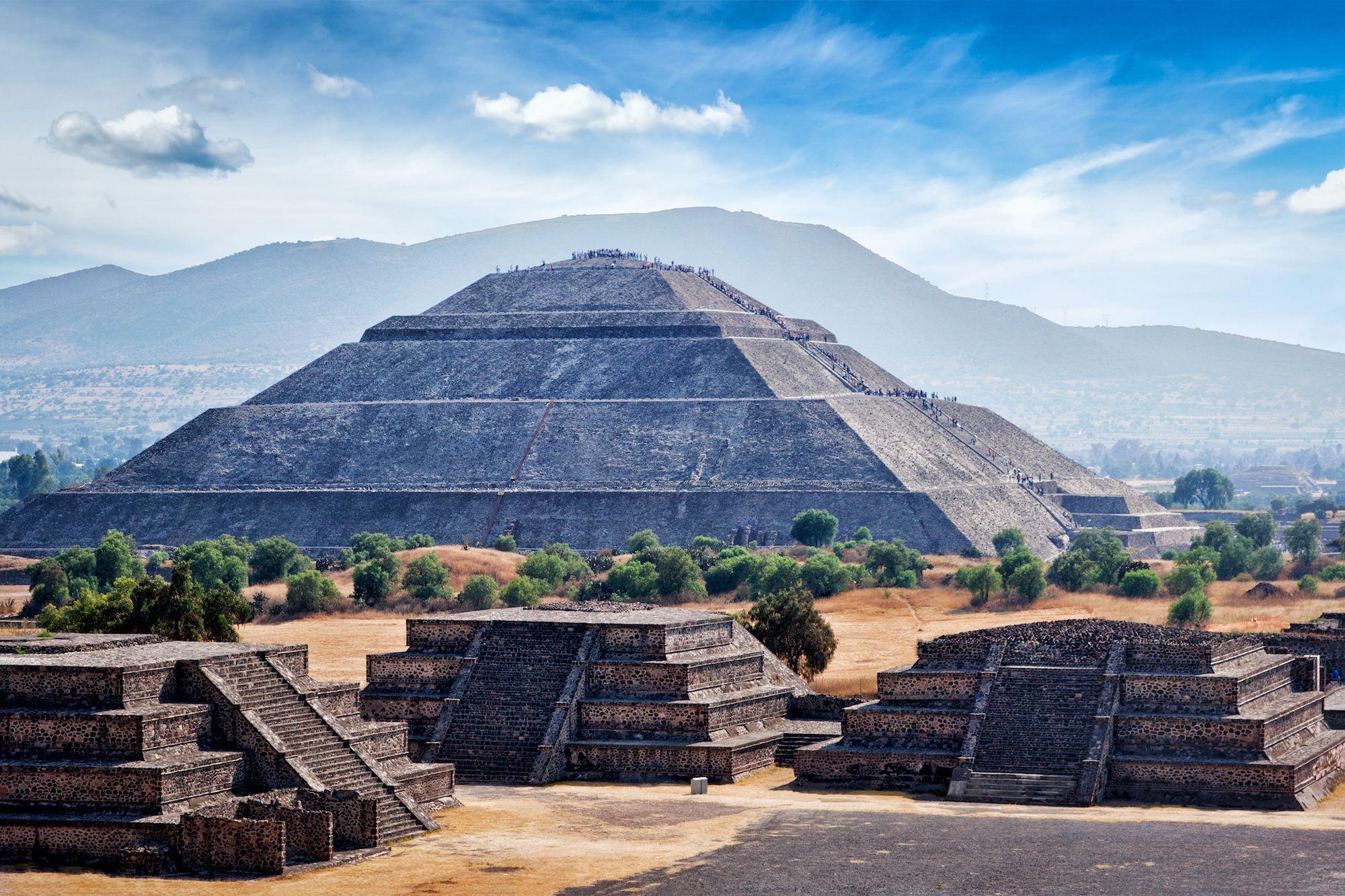 Piramida Teotihuacan (Sumber: www.nationalgeograpic.org)
