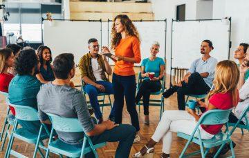 Cara Mengembangkan Skill Public Speaking bagi Mahasiswa 12