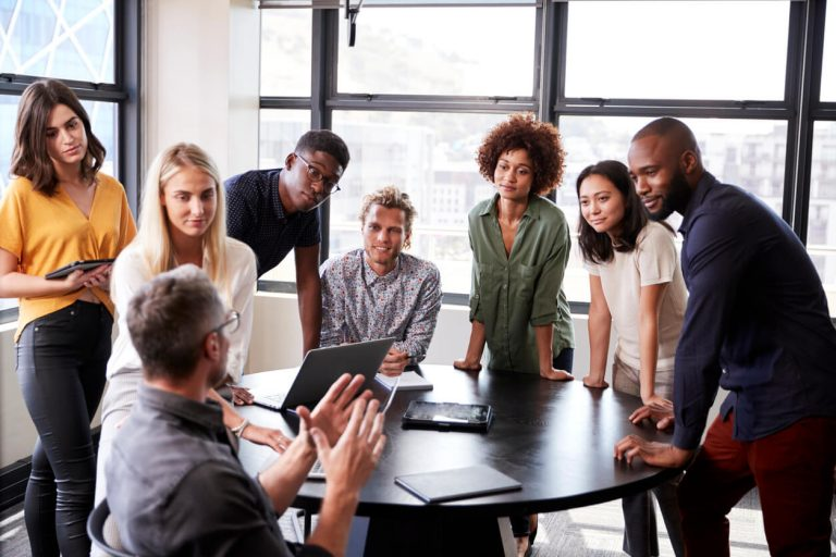 5 Cara Bos Menghadapi Karyawan Milenial 1